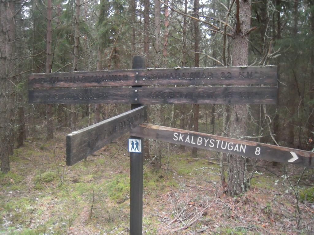Här skildes våra vägar. Bosse sprang mot Rocklunda och jag mot Skälby.