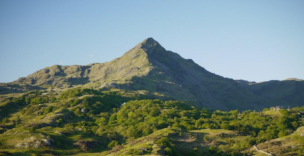 Cnicht 689 möh, Wales Matterhorn, kommer vi förhoppningsvis se mer av under andra dagen.