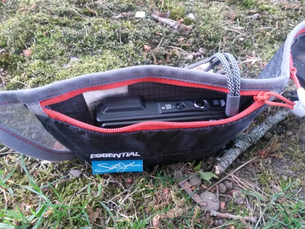 Fin liten midjeväska som jag använt för telefonen kommer fungera även till min kamera.