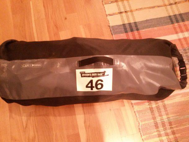 Min packning som jag ska ha med mig under tävlingen (max 13 kg får väskan väga)